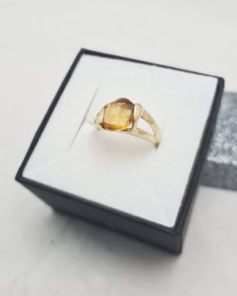 Złoty pierścionek 585P 3,75G